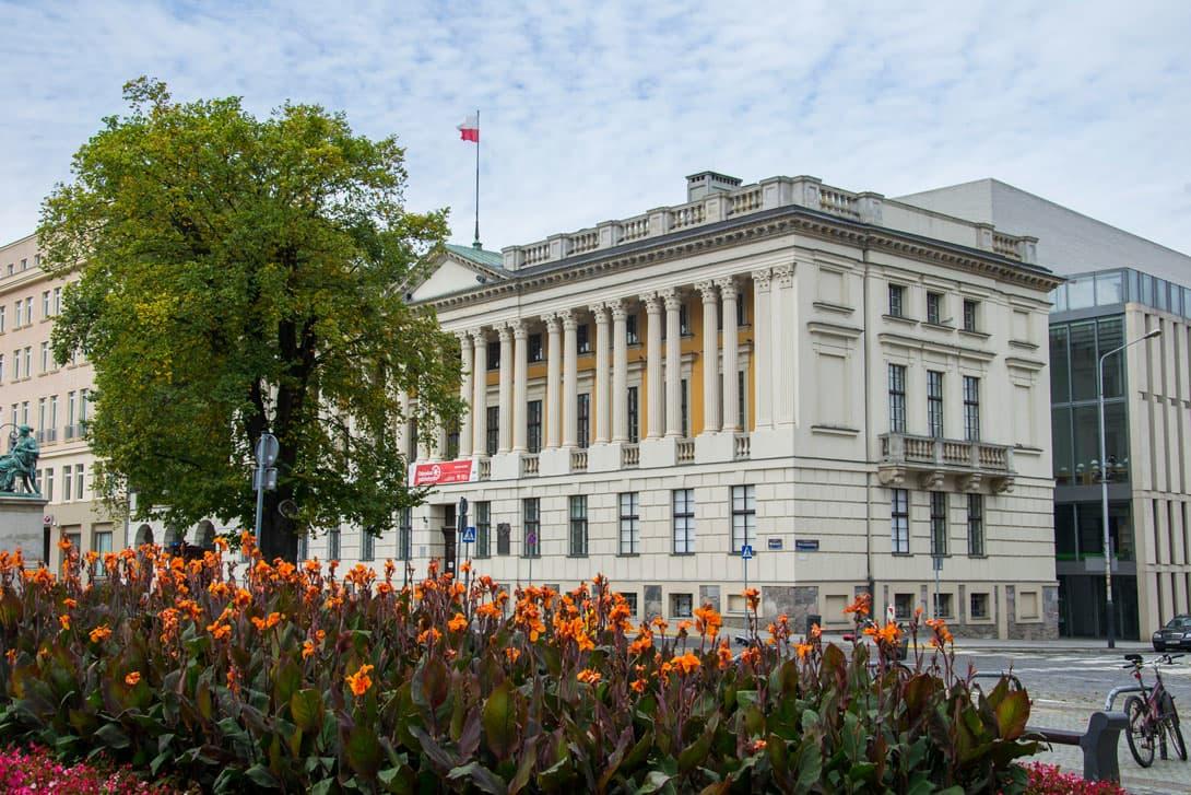 Gmach biblioteki Raczyńskich