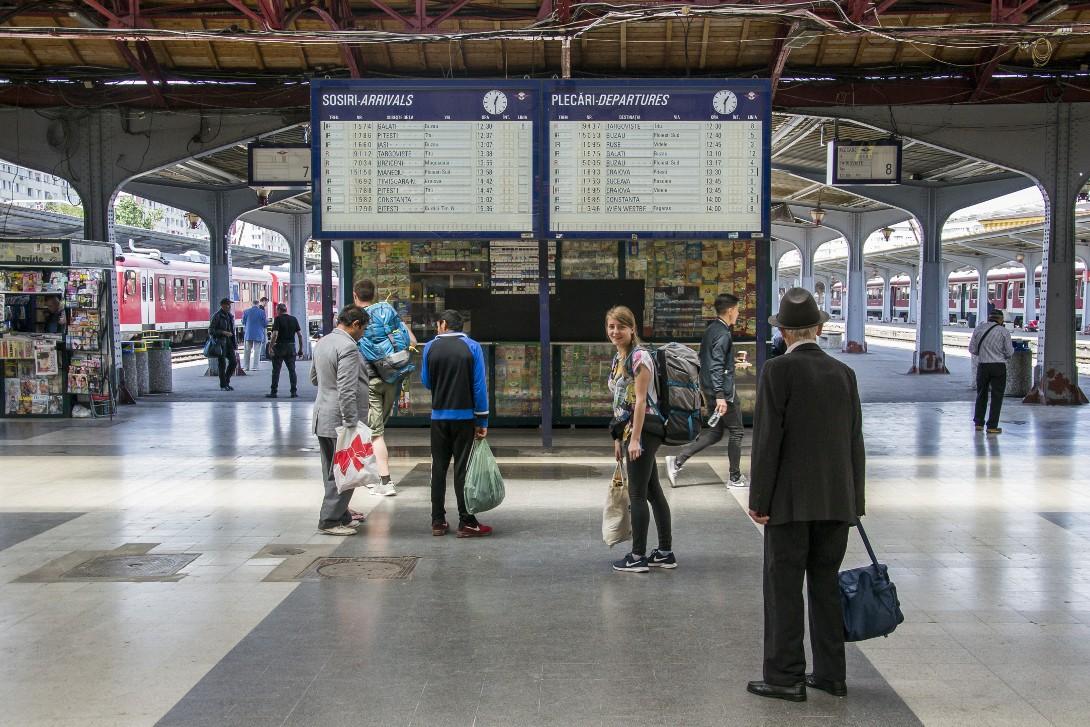 Hala dworca kolejowego Bukareszt Nord.