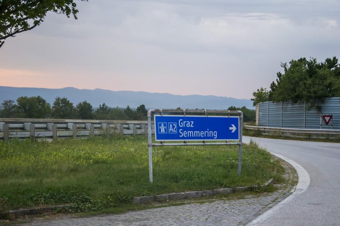 Wyjazd na autostradę w kierunku Graz