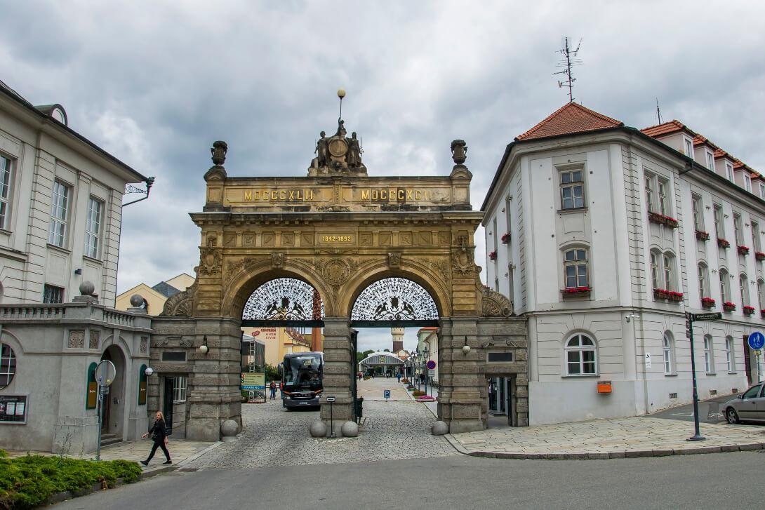 Brama browaru Pilsner Urquell - Pilzno