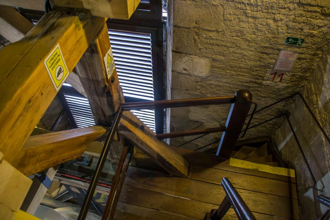 Schody na wieżę widokową katedry św. Batłomieja - Pilzno