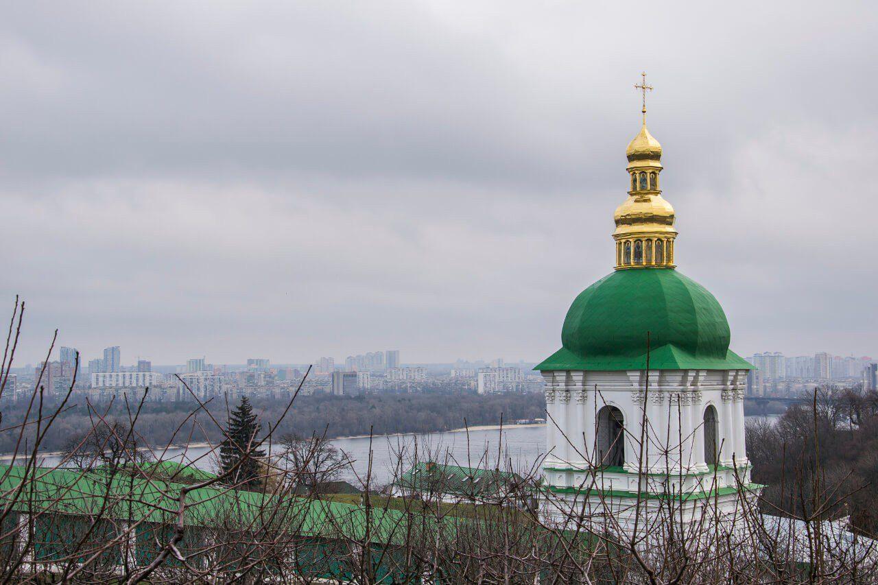 Cerkwie na Ławrze Peczerskiej w Kijowie