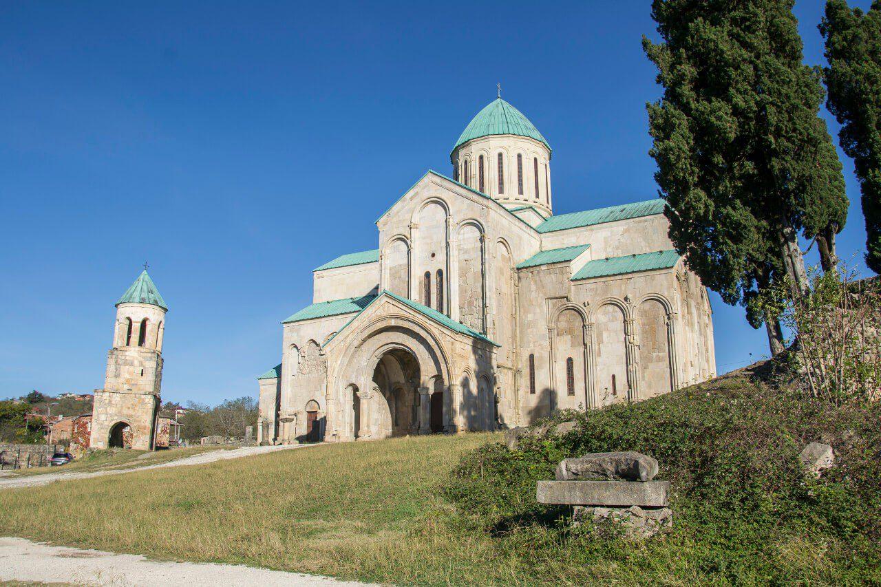 Co zobaczyć w Gruzji - katedra Bagrati po renowacji, która nie zrobiła wrażenia na UNESCO