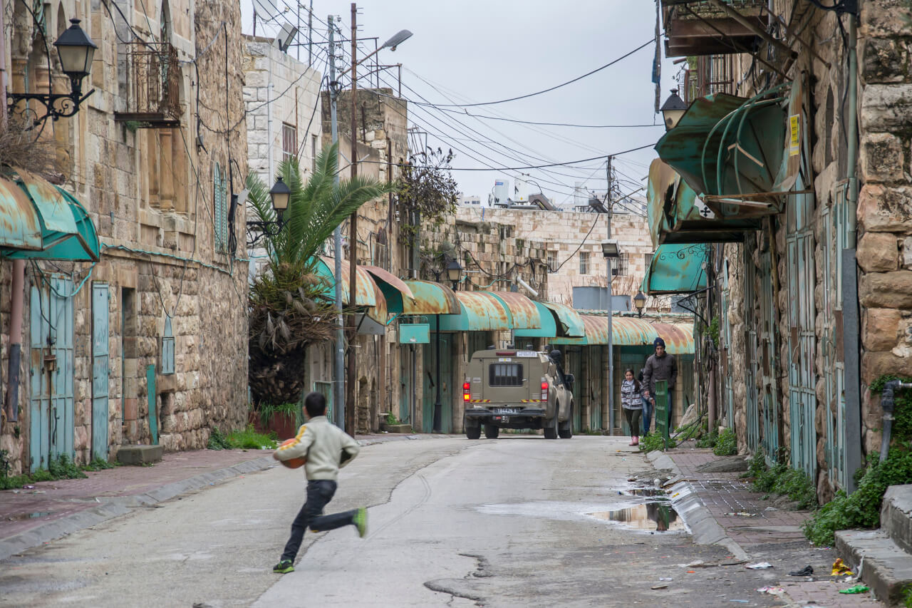 Hebron - Życie ulicy Al-Shuhada.