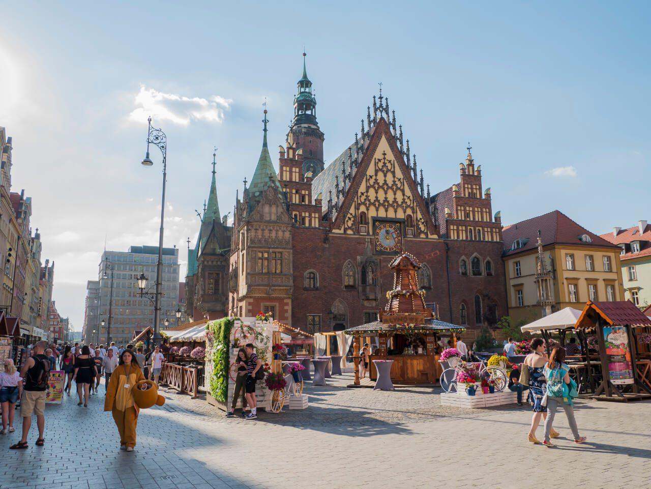 Wrocław w jeden dzień - Stary Ratusz z zegarem astronomicznym na wrocławskim Rynku