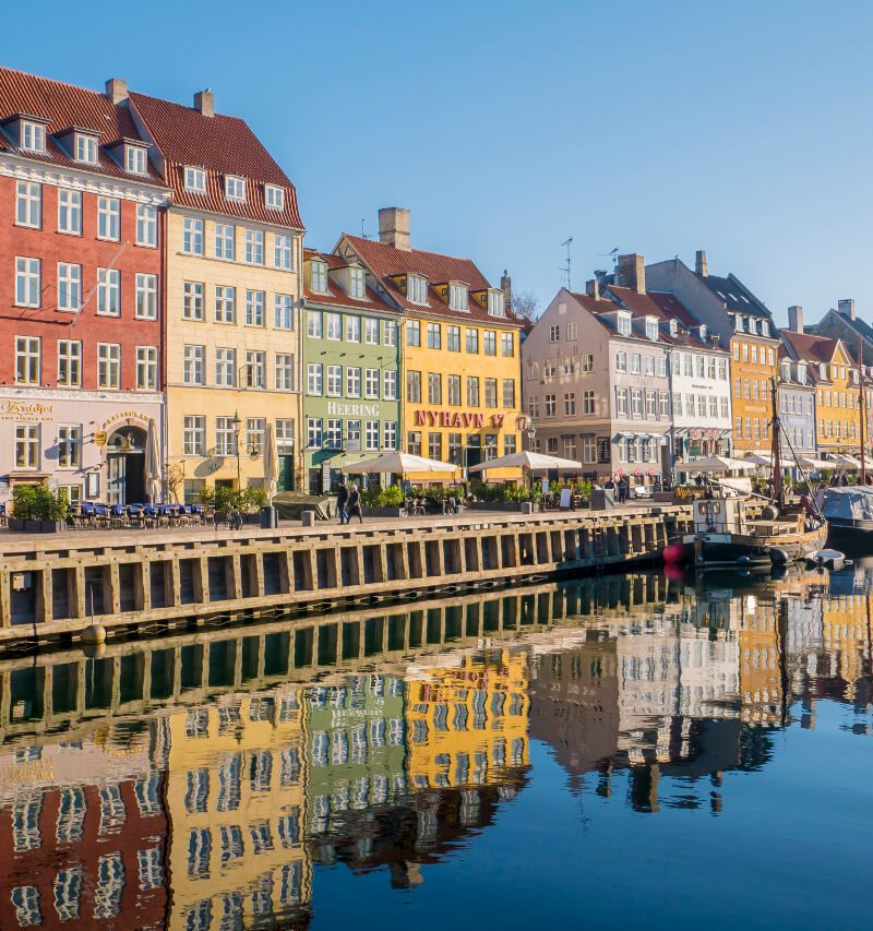 Zwiedzanie Kopenhagi w weekend. Jak tanio zwiedzić miasto?