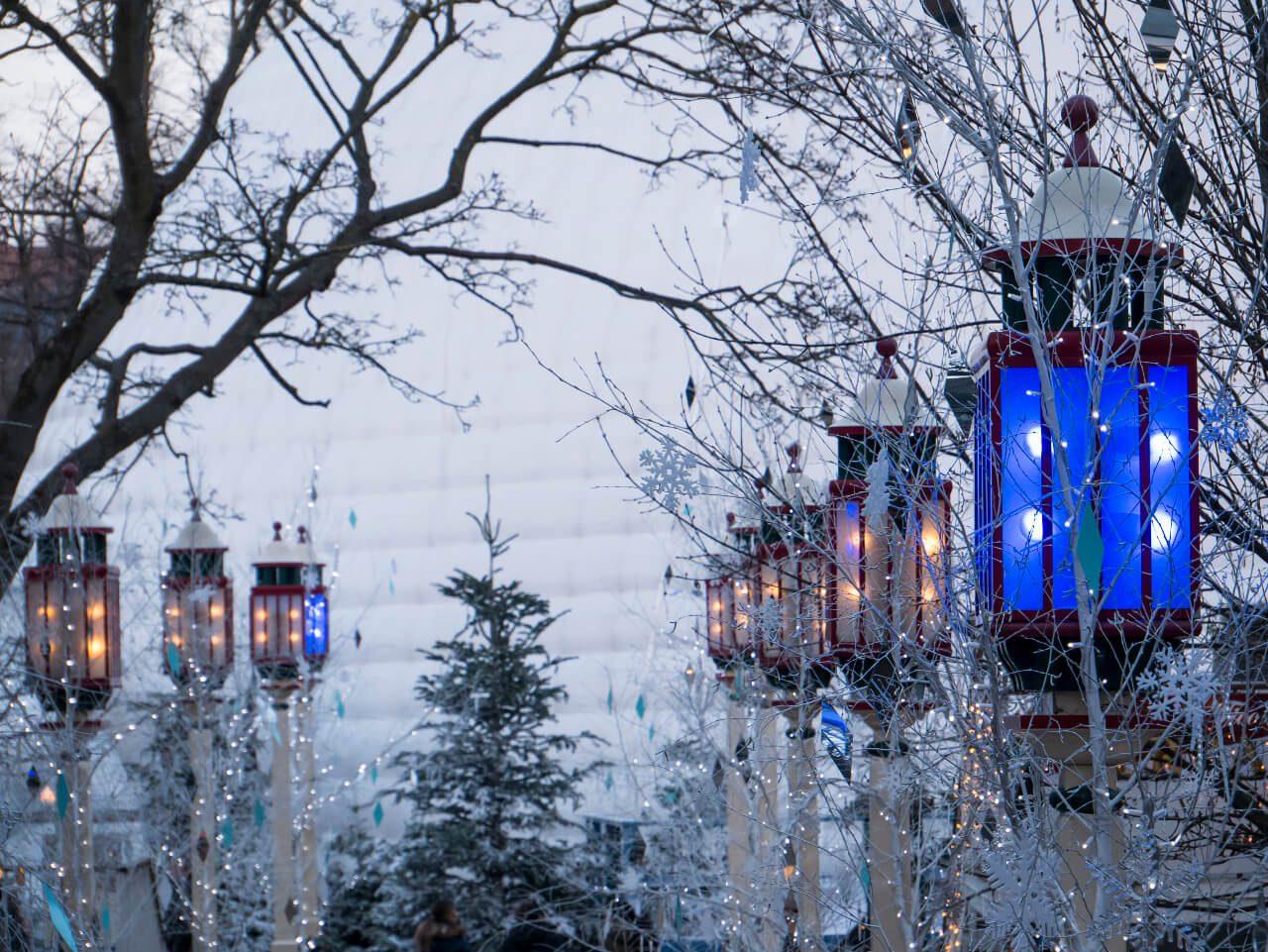 Zimowy wystrój ogrodów Tivoli w Kopenhadze