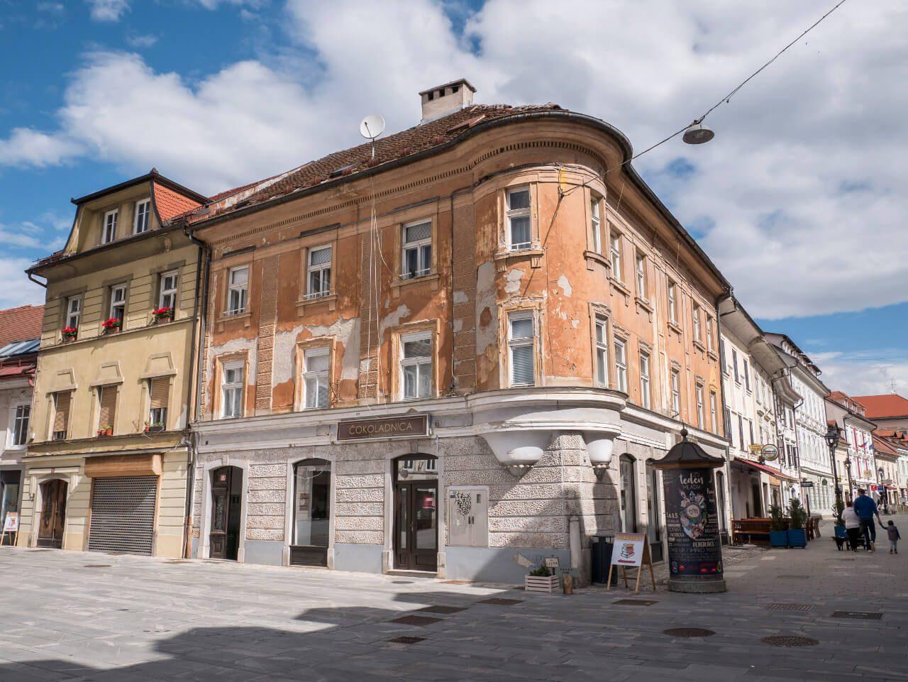 Budynki przy Glavni trg w Kranj
