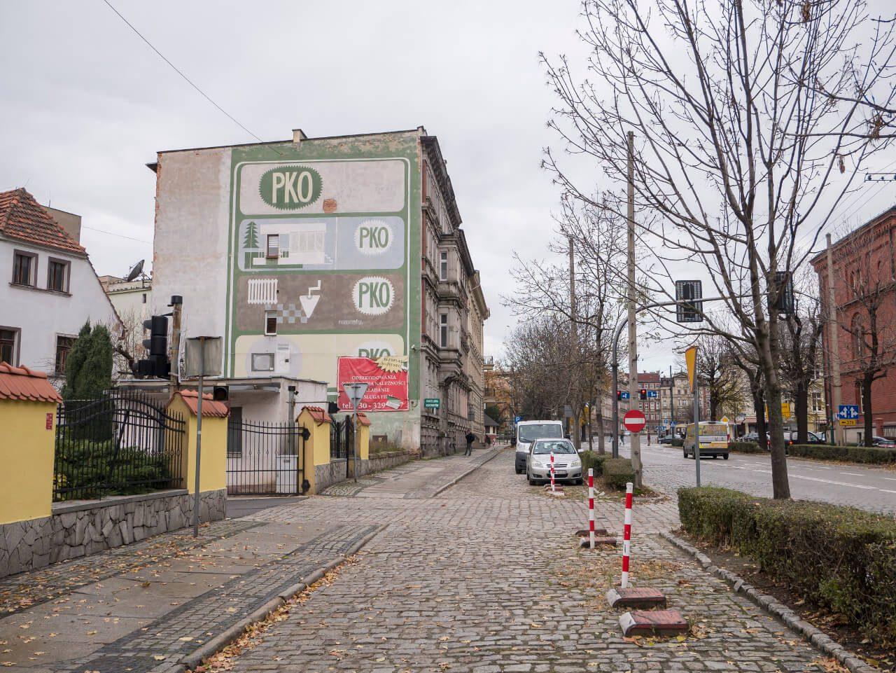 Reklama PKO - mural w Świdnicy