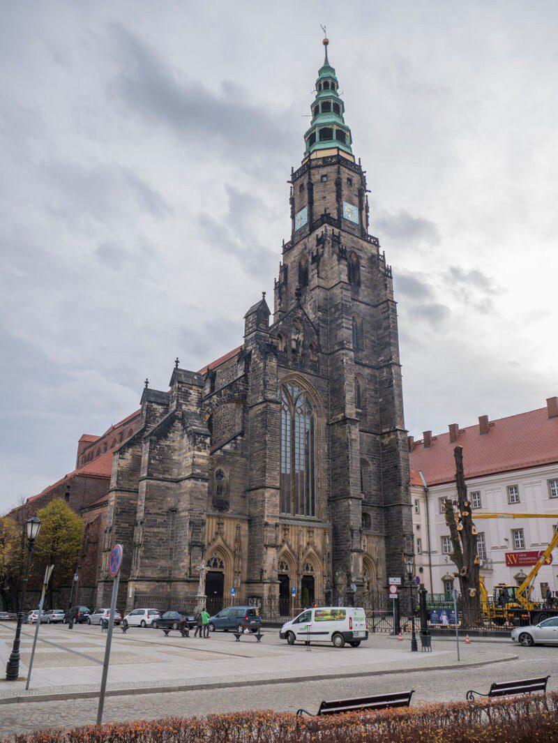Gmach katedry w Świdnicy