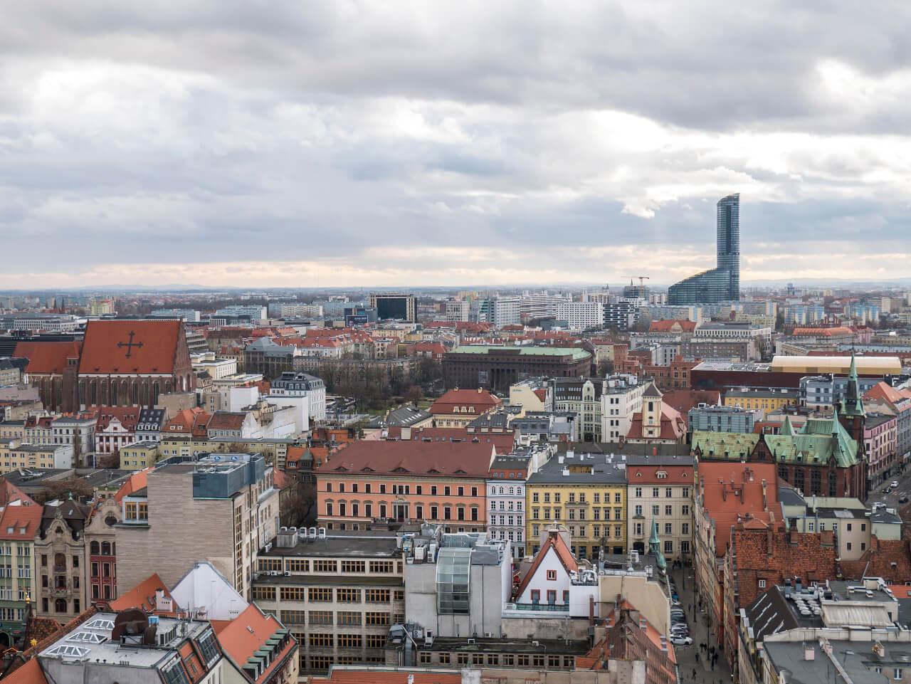 Widok na Sky Tower z punktu widkowego