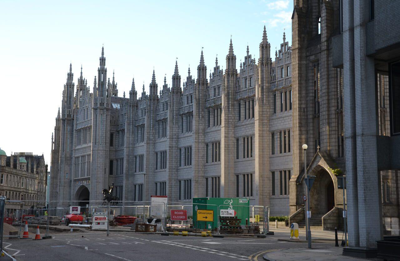 Granitowy ratusz w Aberdeen