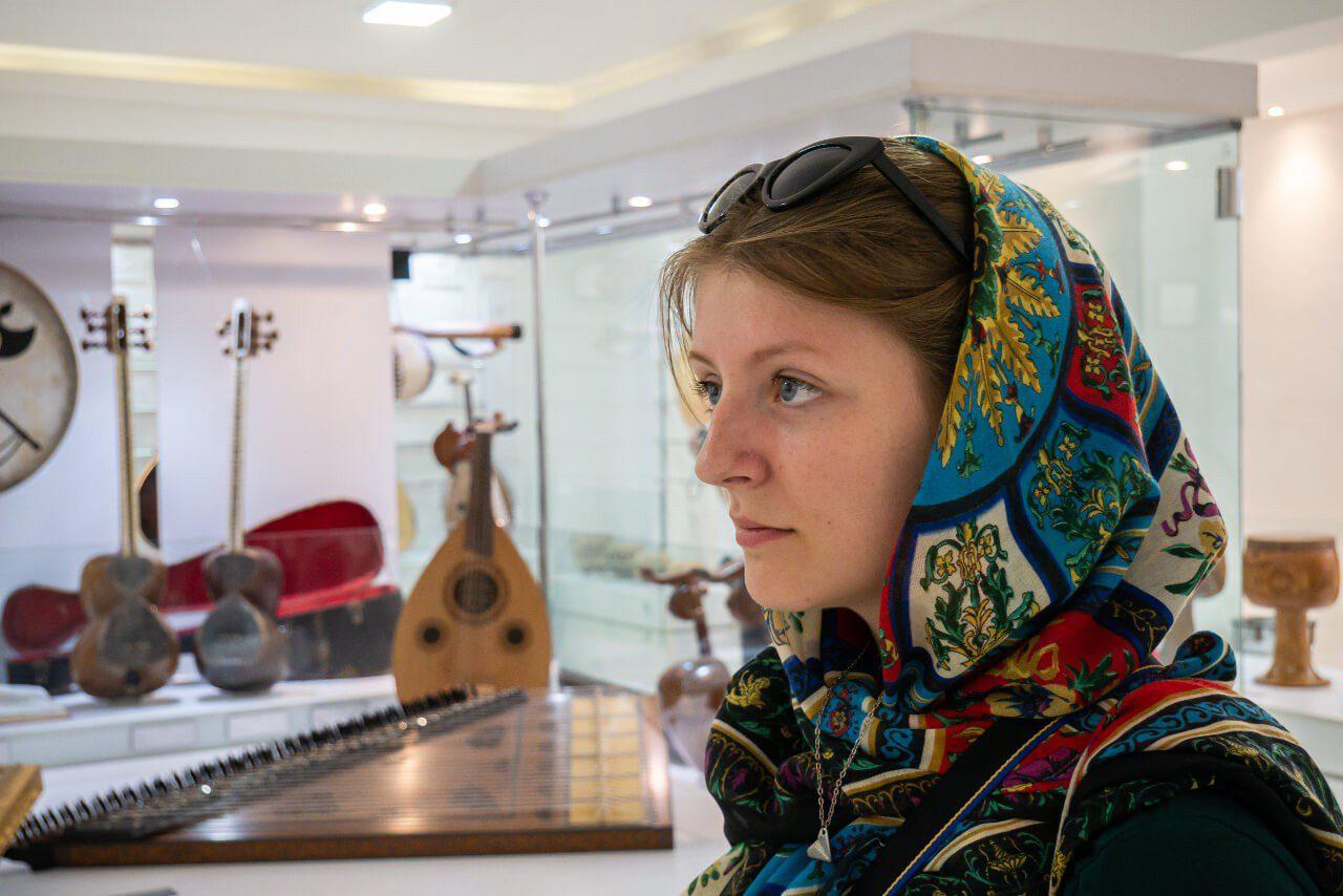 Natalia w Muzeum Muzyki w Isfahanie