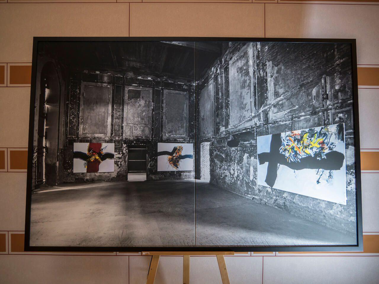 Zdjęcie w ratuszu w Sarajewie