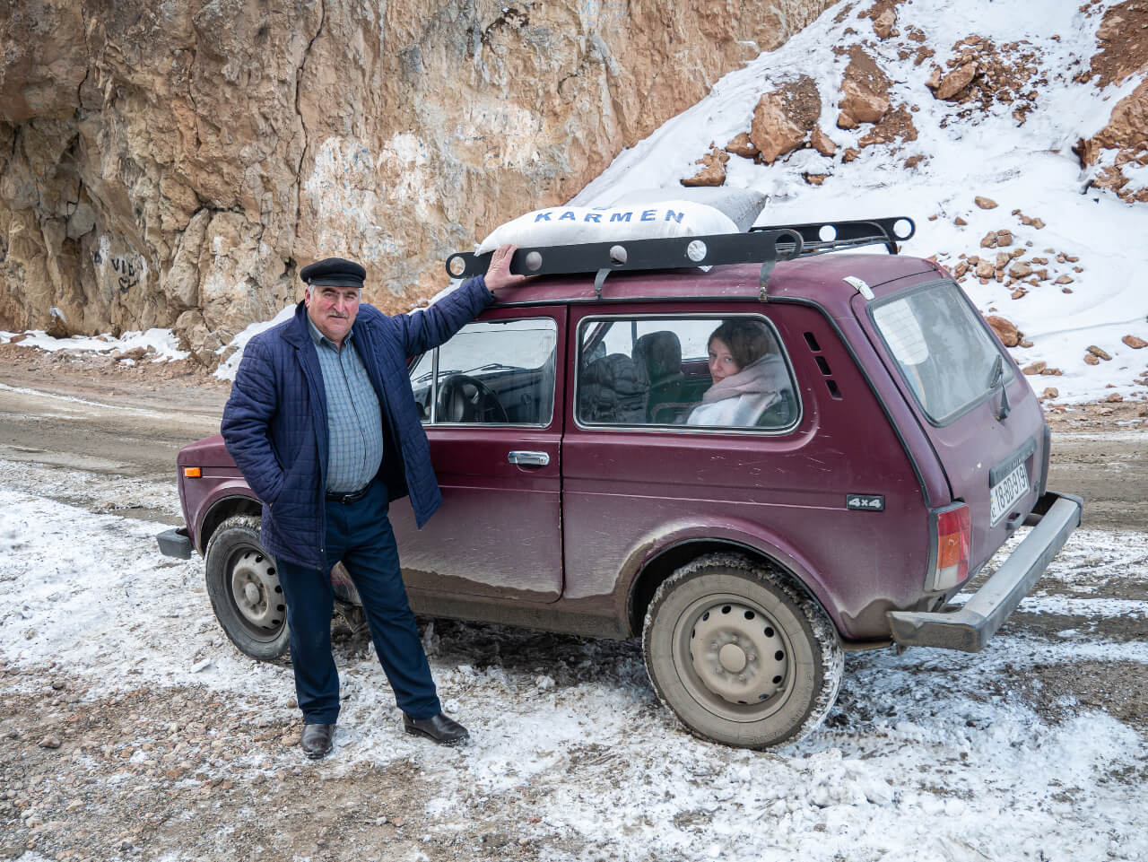 Lada Niva 4x4 i kierowca