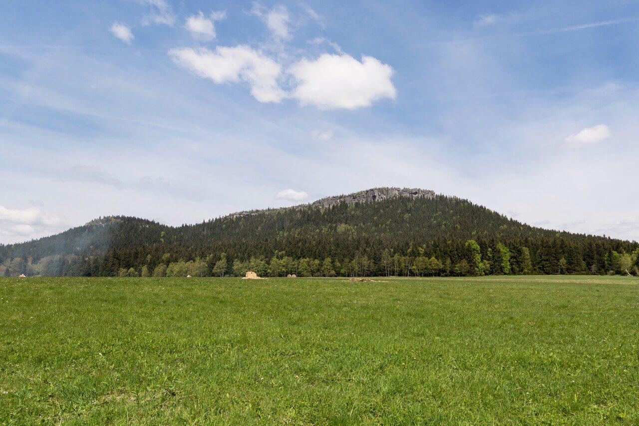 Szczeliniec Wielki Karłów Góry Stołowe gdzie w góry