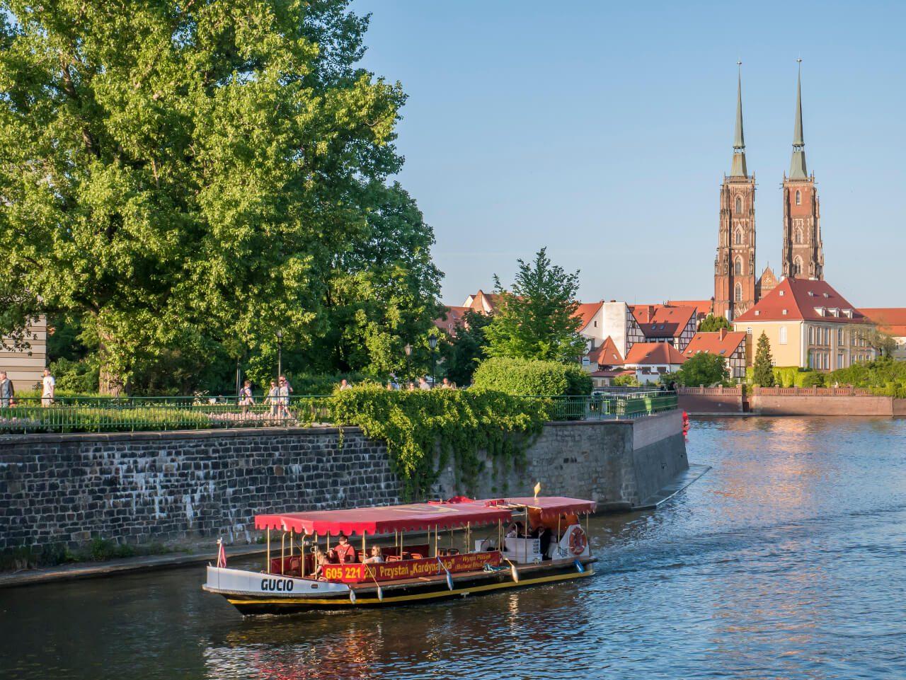 Rzeka Odra Wrocław Katedra św. Jana