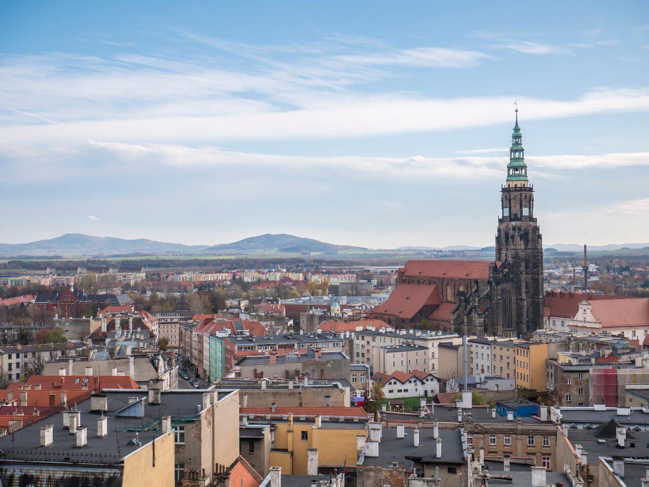Widok z wieży widokowej w Świdnicy