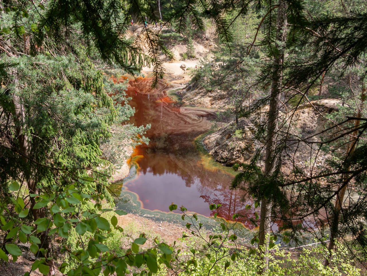 czerwone jeziorko rudawy janowickie