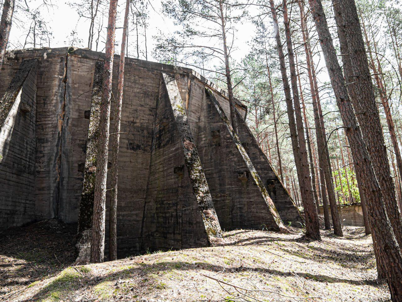 Zbiornik w kompleksie DAG Nowogród Bobrzański