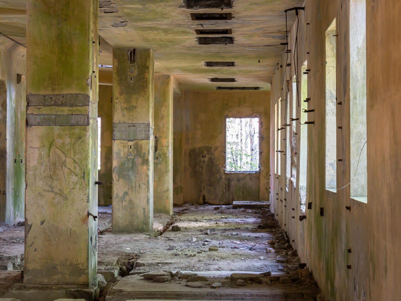 Opuszczony budynek fabryka DAG