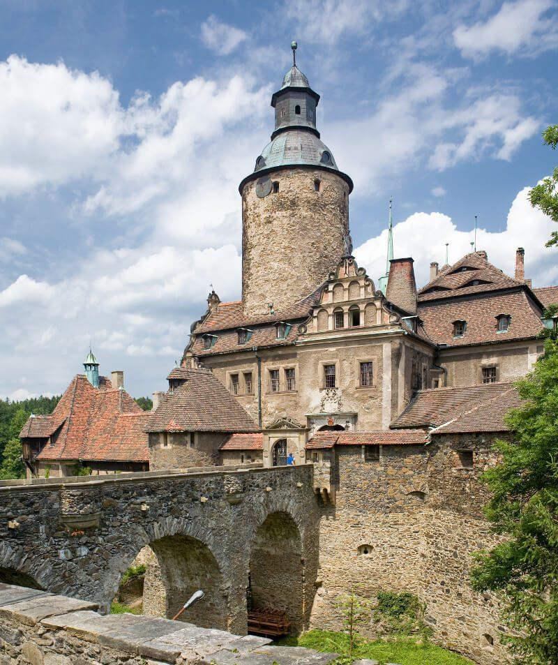 zamek czocha główne wejście atrakcje dolny śląsk