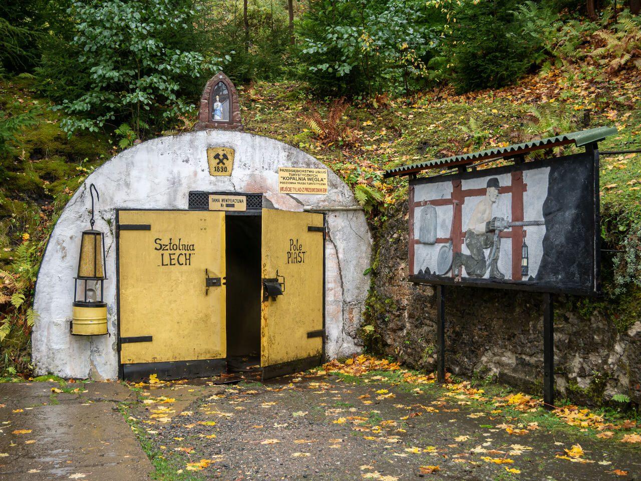 Wejście do sztolni Lech Nowa Ruda