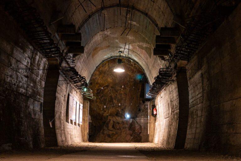 Podziemia Książ kompleks Riese Góry Sowie blog podróżniczy
