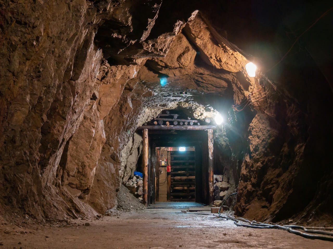 Podziemna Trasa Turystyczna Zamek Książ blog podróżniczy