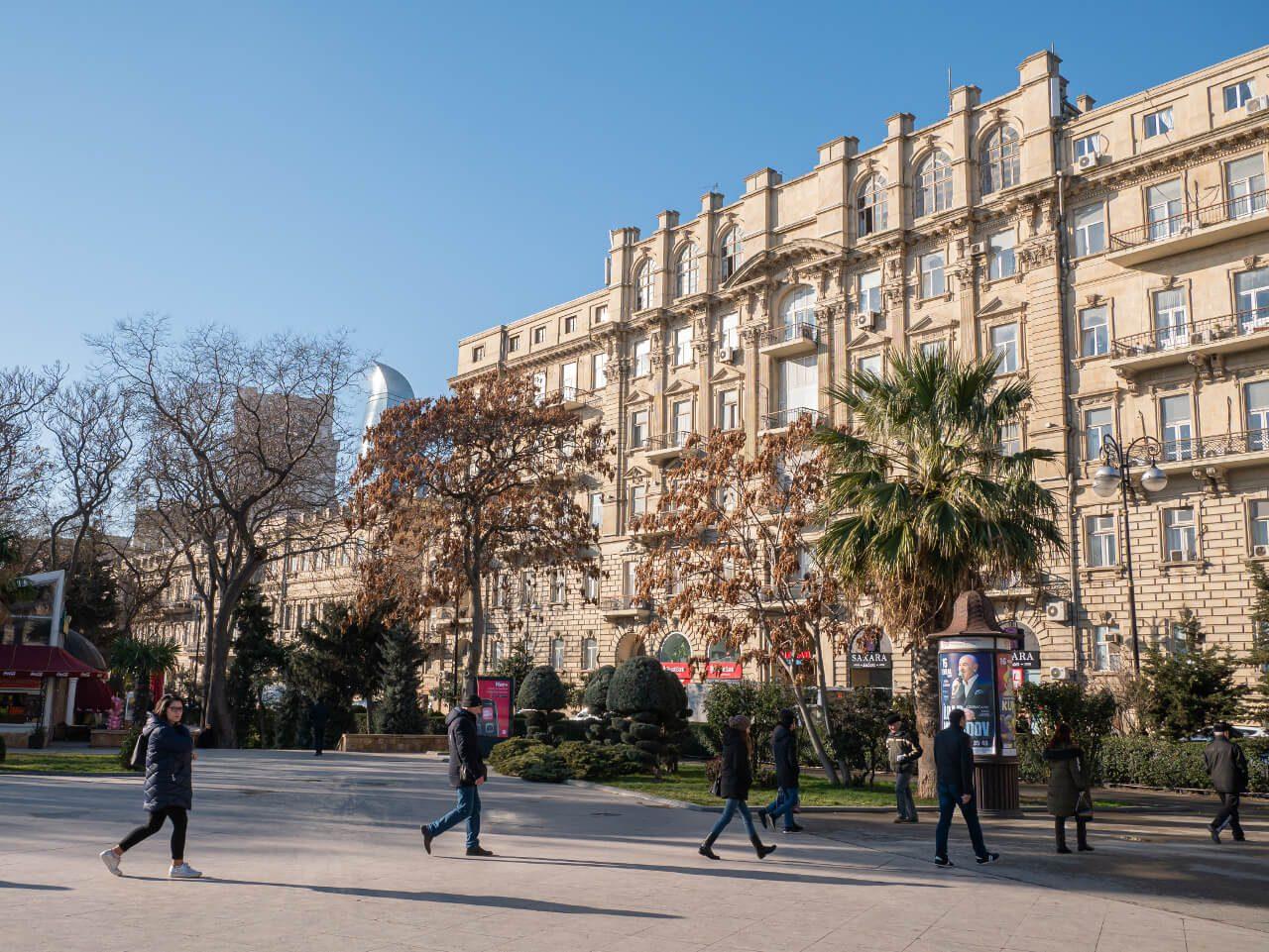 Baku Miasto Wewnętrzne blog podróżniczy