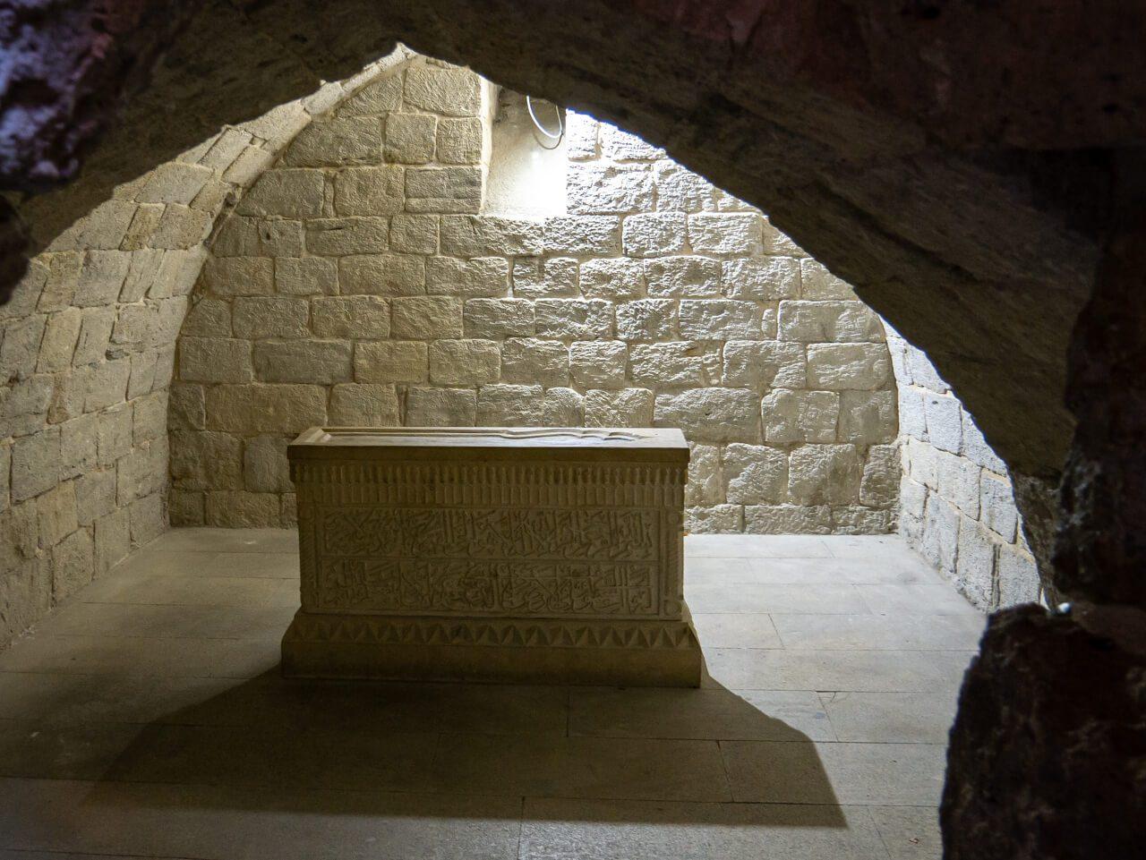 Pałac szachów Szyrwanu grobowiec co warto zobaczyć