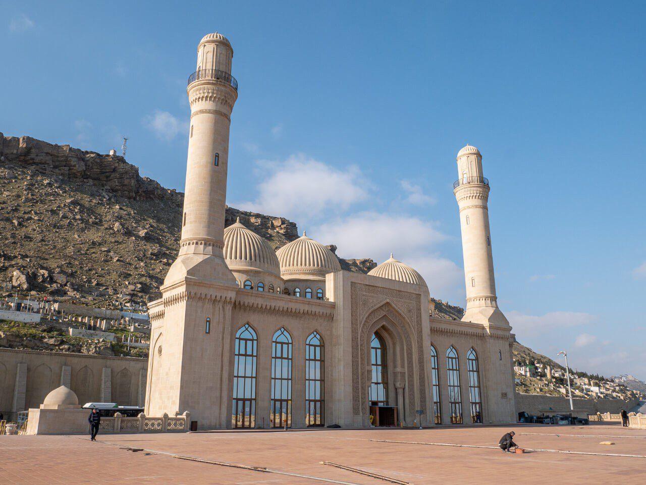 Meczet Biki Heybat w Baku atrakcje blog podróżniczy