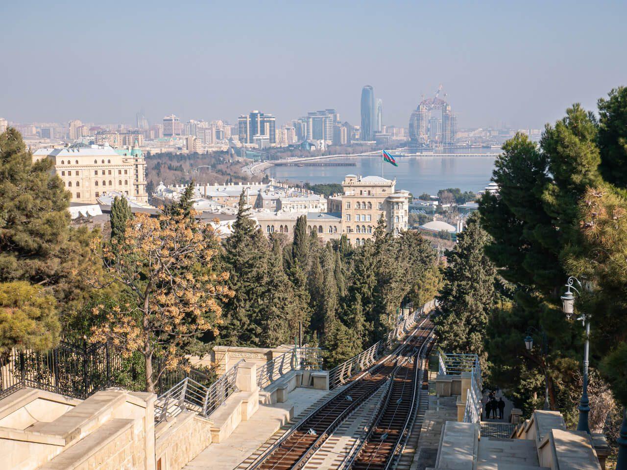Baku funikular co warto zobaczyć górna stacja