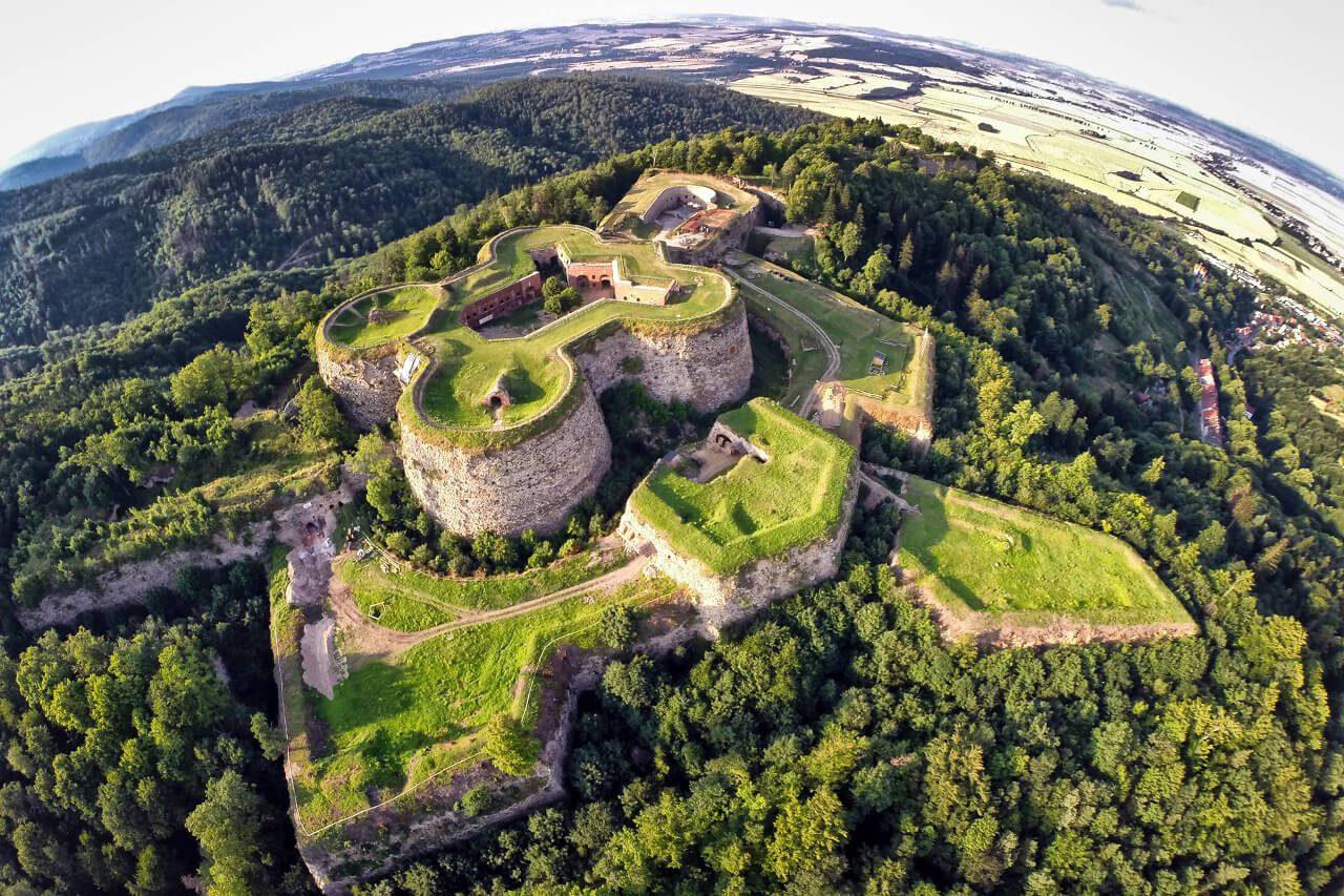 Twierdza Srebrna góra zwiedzanie blog podróżniczy dron