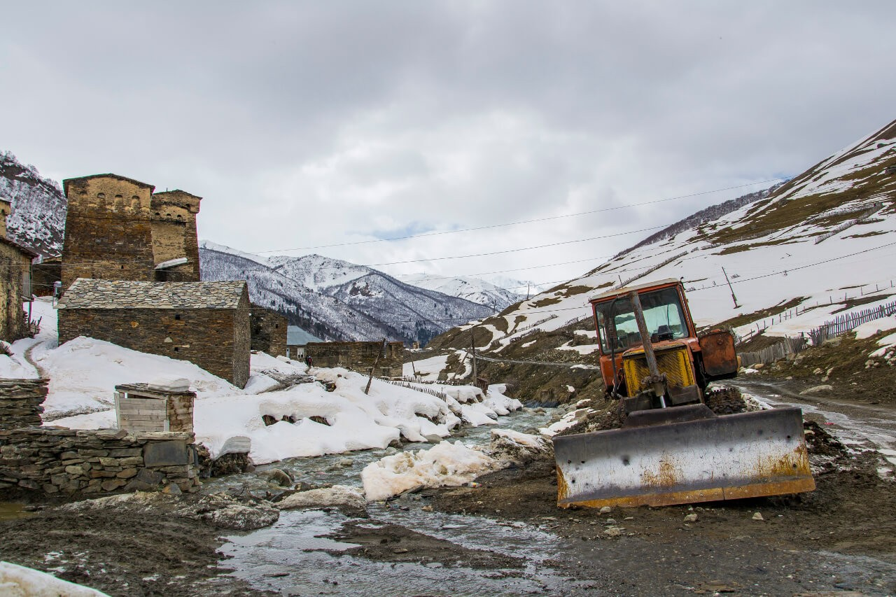 Ushguli Gruzja Swanetia góry zwiedzanie
