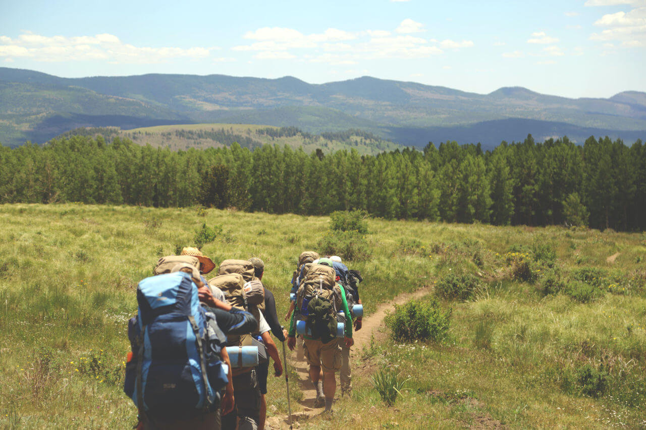 Kijki trekkingowe góry co zabrać