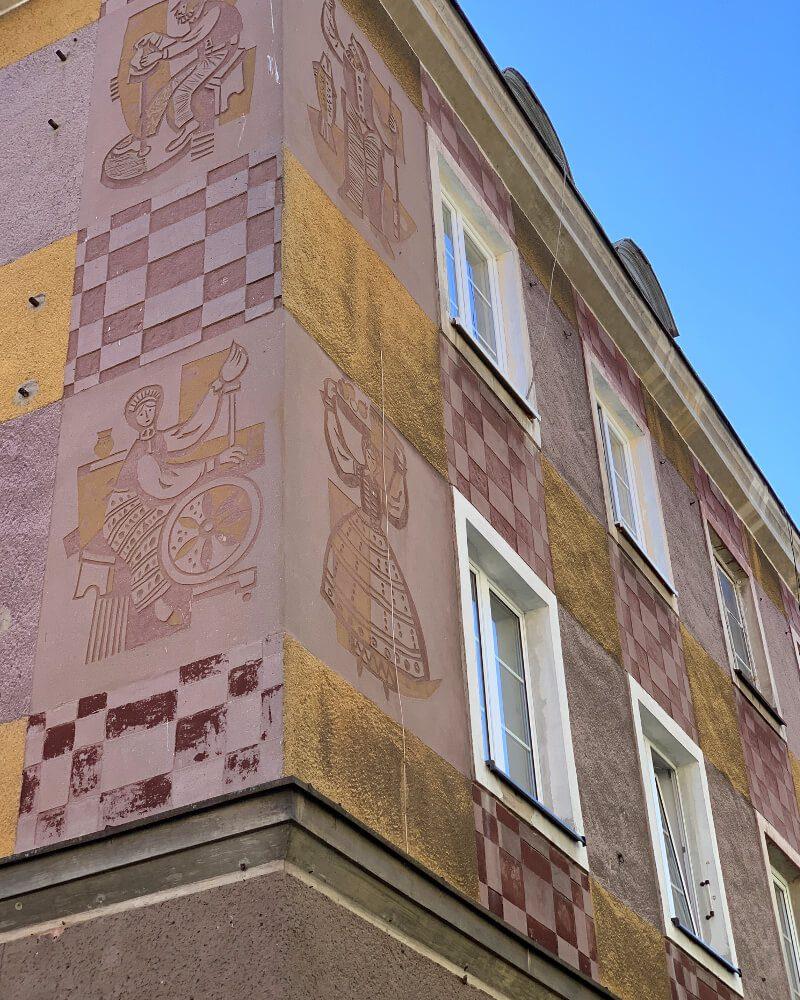 Sgraffito Olsztyn kamienica Stare Miasto