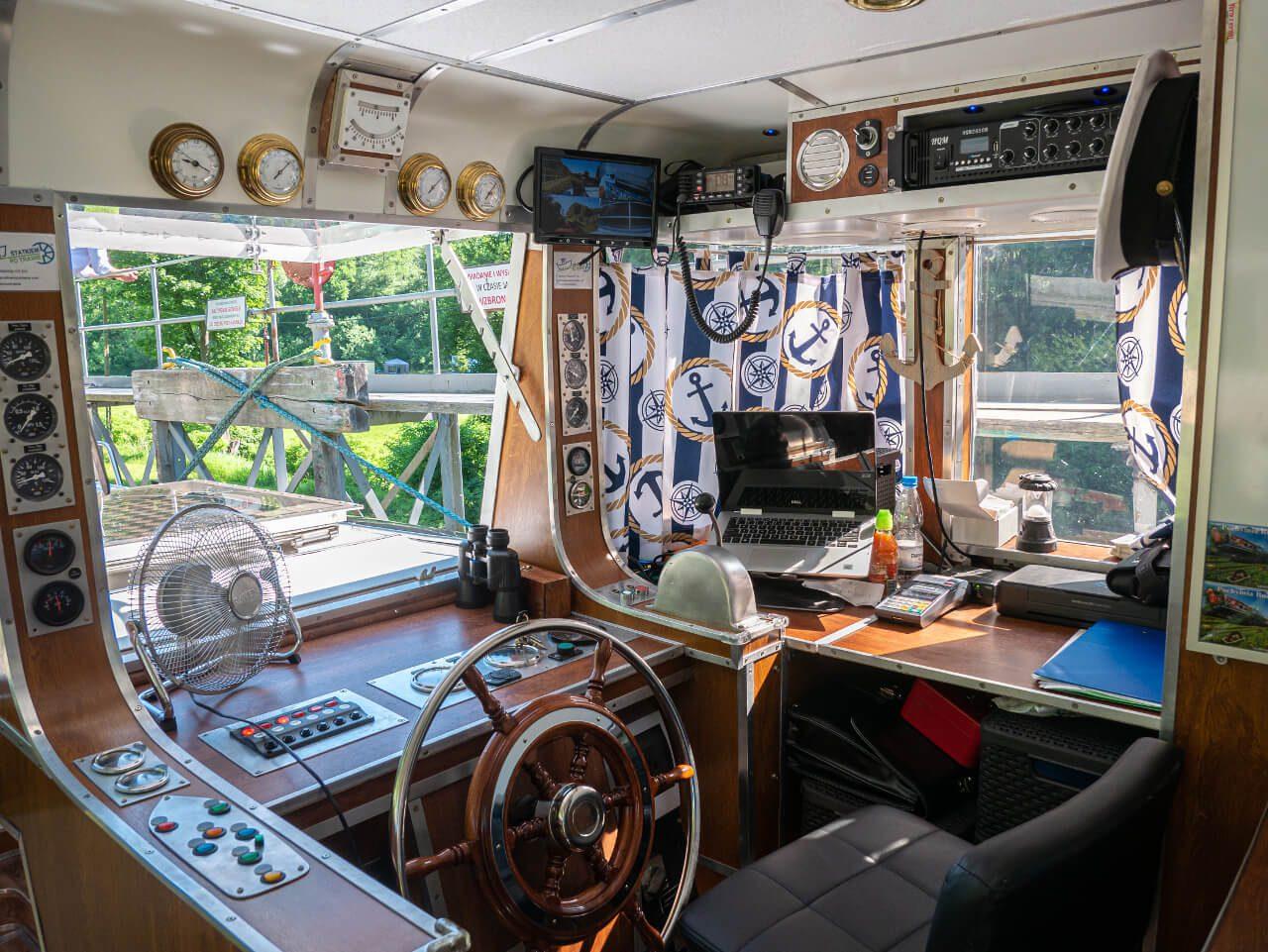 Wnętrze kabiny statku Kanał Elbląski