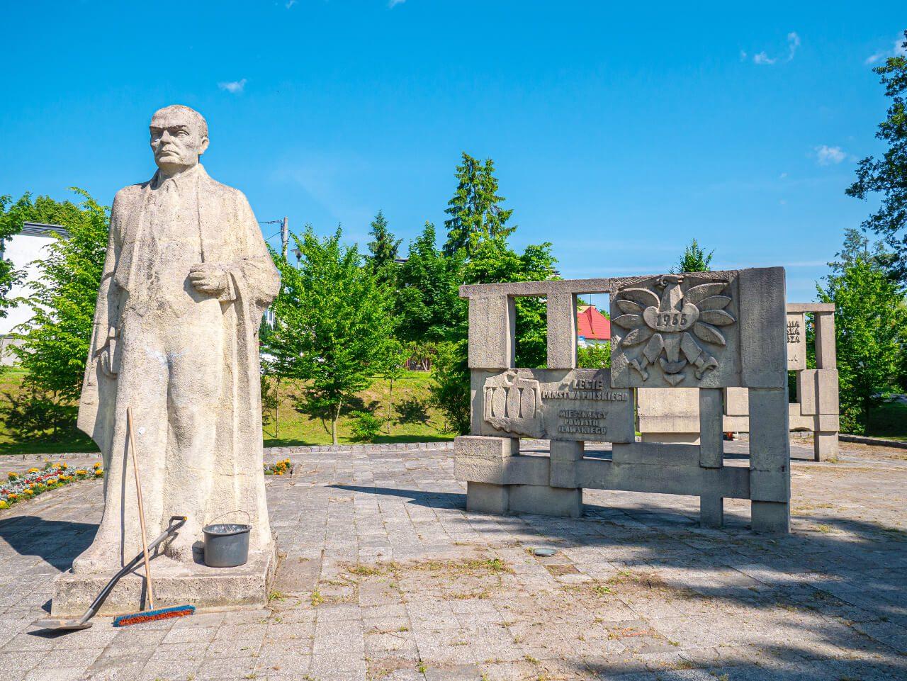 Pomniki park żeromek