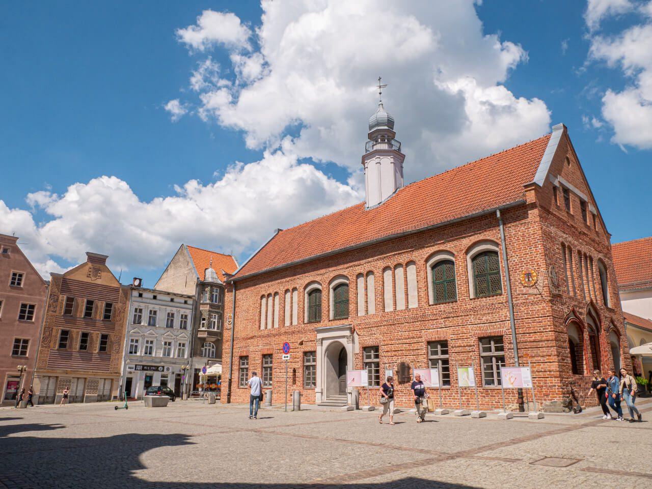 Stary Ratusz Olsztyn Stare Miasto blog podróżniczy
