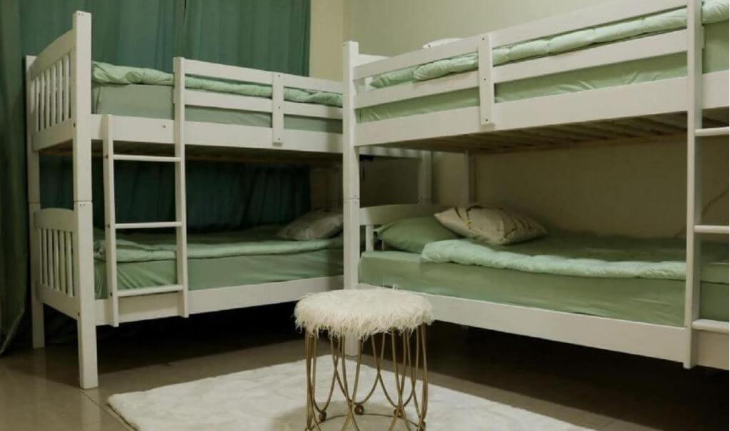 Dubaj gdzie spać noclegi Green Sky Hostel