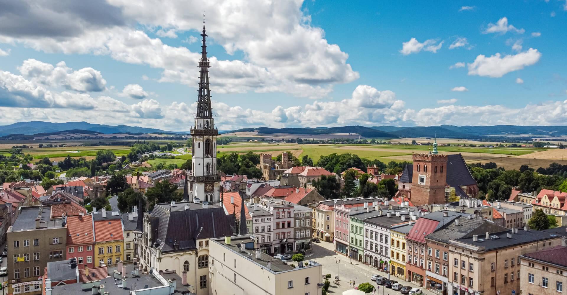 Zwiedzamy Ząbkowice Śląskie - miasto Krzywej Wieży i tajemnicy z Frankensteinem w tle
