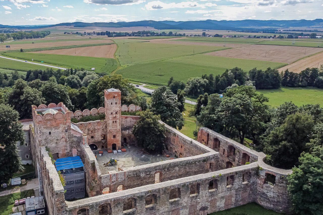 Zamek ruiny Ząbkowice Śląskie