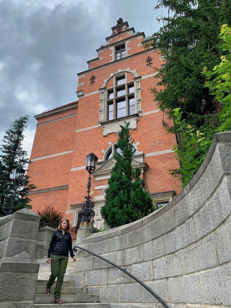 renesans niderlandzki budynek komendy policji w Nowej Rudzie1 ciekawe budynki architektura kurtka na jesień i wiosnę Viking Becky