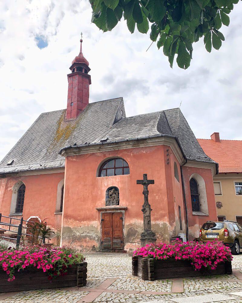 Kościół Wniebowzięcia Najświętszej Maryi Panny w Nowej Rudzie1 obiekty sakralne na Dolnym Śląsku1 co zobaczyć