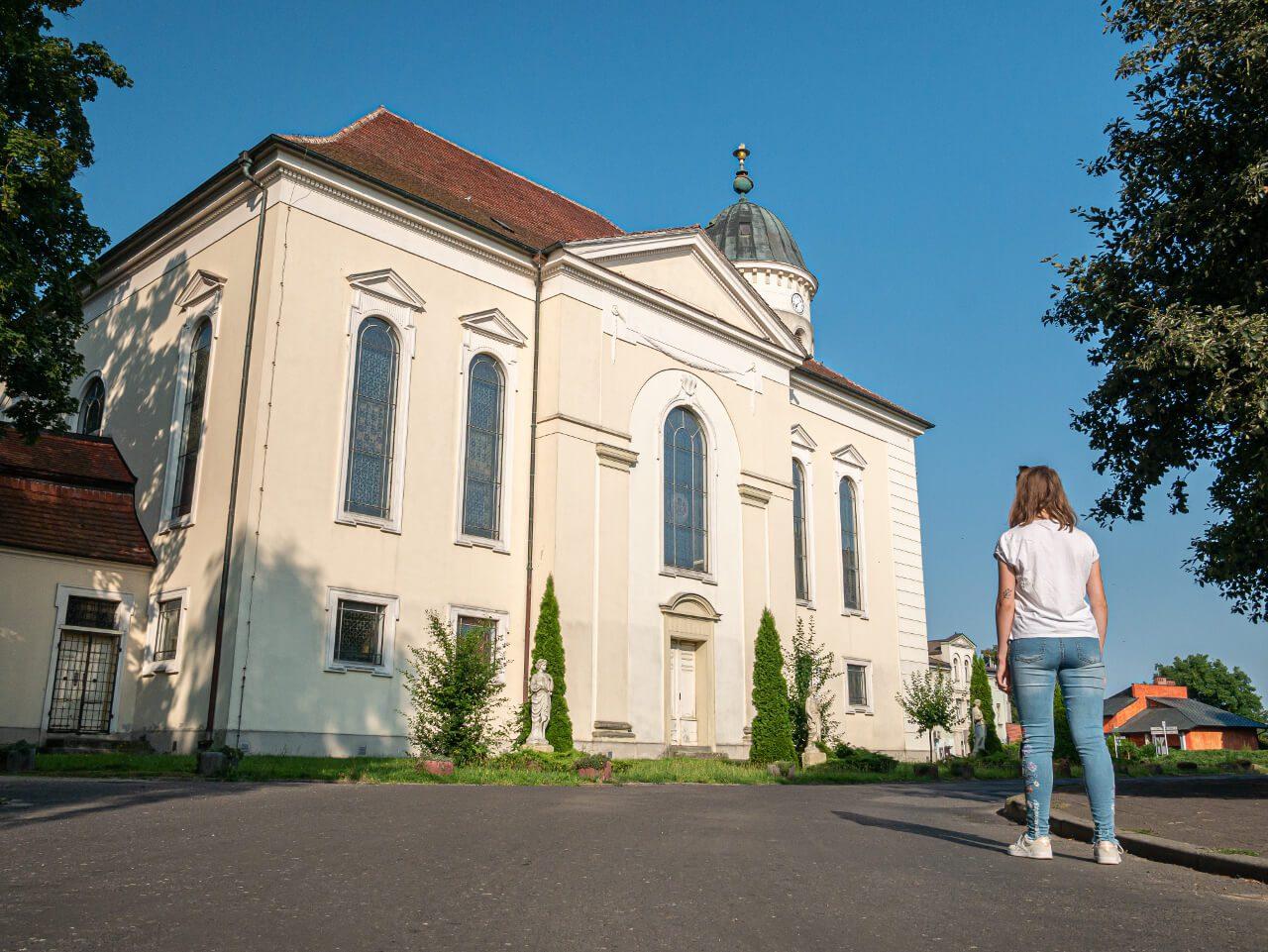 Kościół ewangelicki Syców cztery pory roku