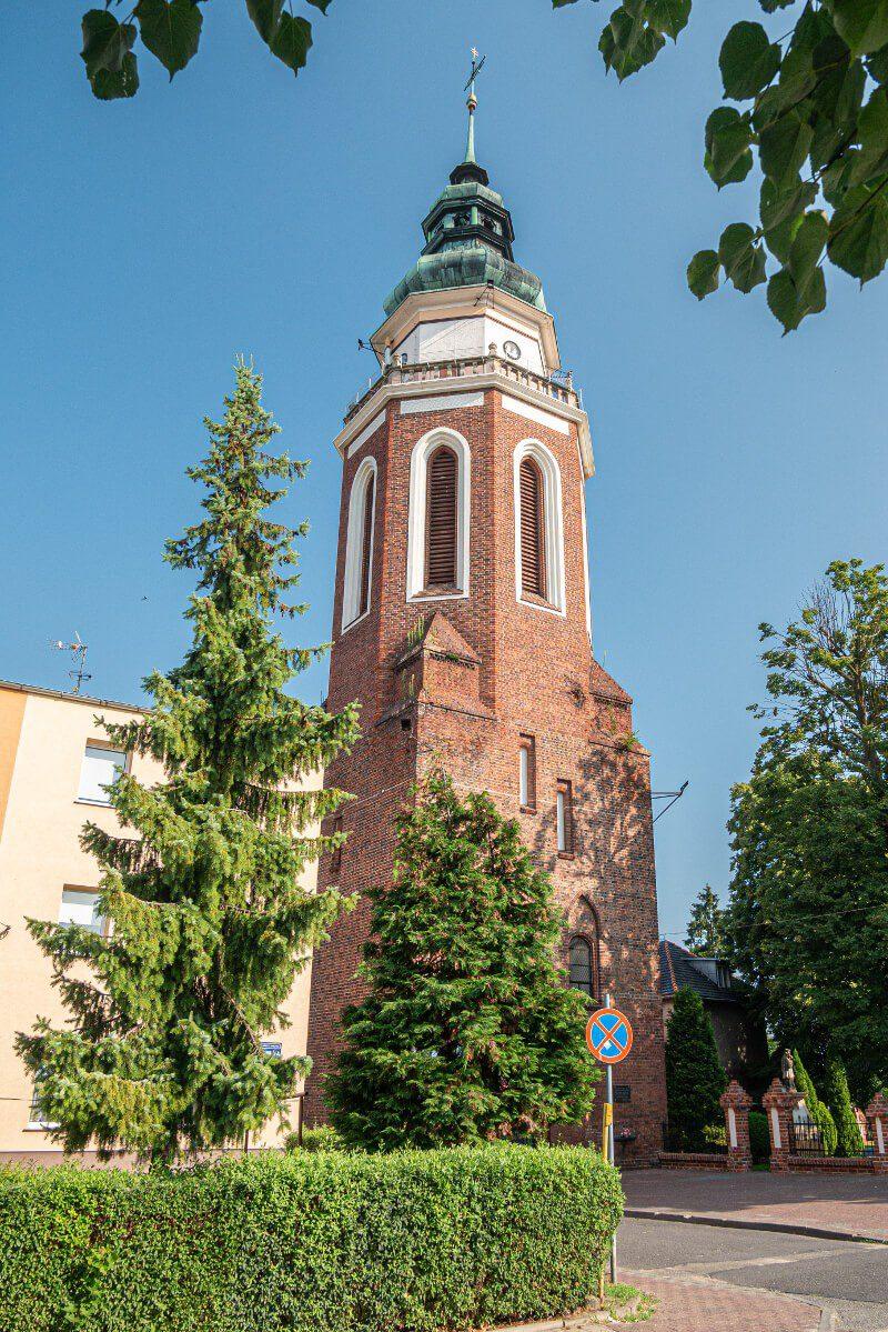 Wieża kościelna dzwonnica Syców