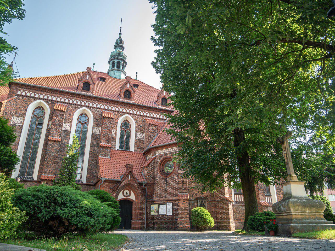 Kościół Piotra i Pawła Syców atrakcje