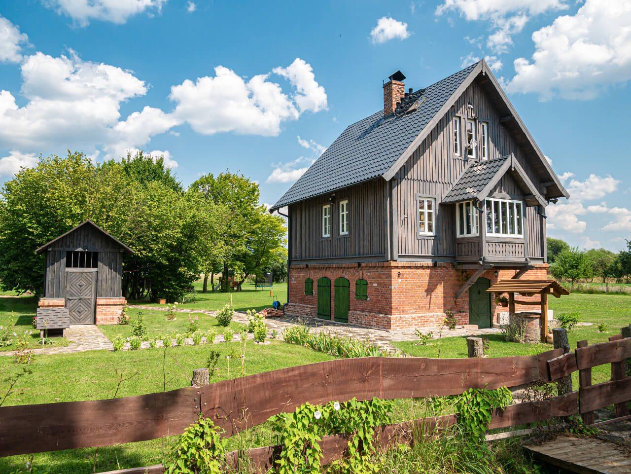 Dom Władcy Łąk Stradomia Wierzchnia Apartamenty W Okolicy Sycowa