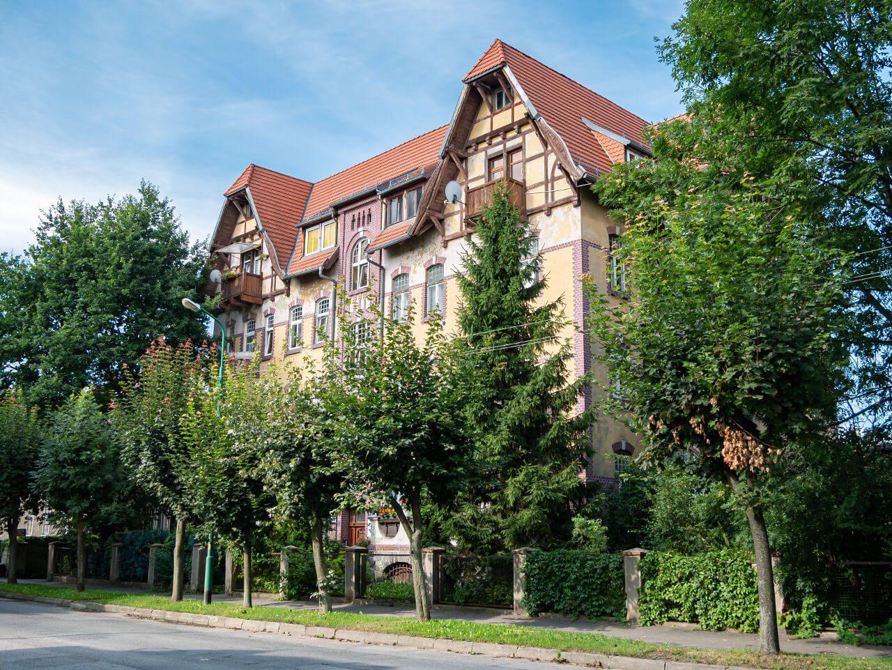 Budynek Aleja Niepodległości